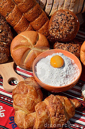 Bakery products: bread, rolls and croissants