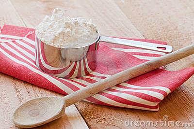 Baking spoon and measuring cup