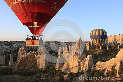 Balões em Cappadocia Foto Editorial