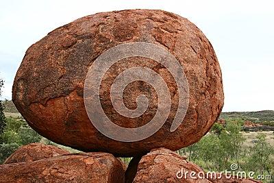 Balancing egg-shaped boulder at Devil s Marbles