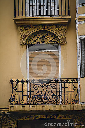Free Balcony, Tipical Architecture Of The Spanish City Of Valencia Royalty Free Stock Photography - 44685837