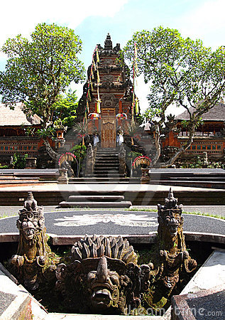 Bali, Ubuds ancient temple Saraswati