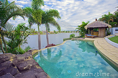 Balkonansichten von der Ufergegend Villa