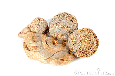 The ball of linen yarn and raw flux