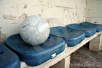Ball on seats
