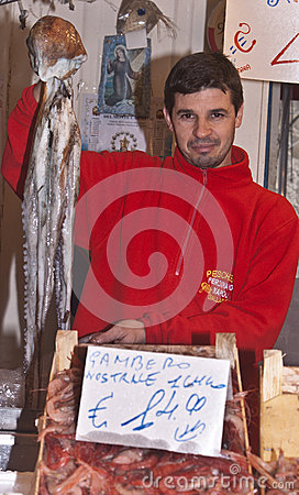 Ballaro, Palermo- selling giant octopus Editorial Photography