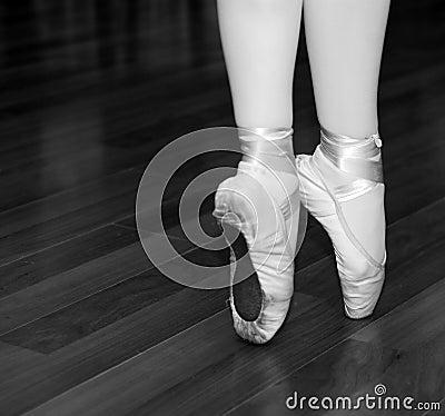 Ballerina on tip of toe