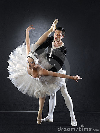 Free Ballet Dancers Royalty Free Stock Photography - 6475467