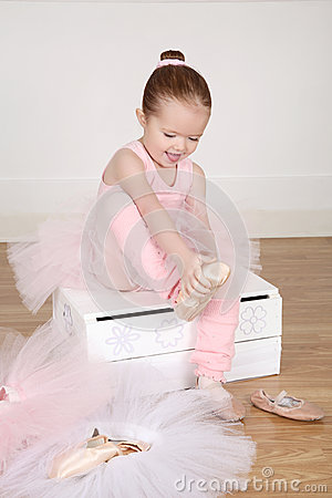 Free Ballet Girl Stock Photos - 46478733