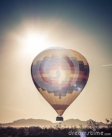 Free Balloon Adventure Ride Trip In Arizona Desert Royalty Free Stock Photos - 49387058