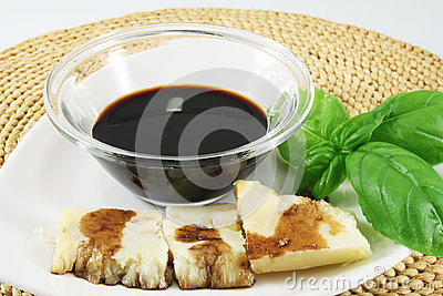 Balsamic vinegar, Parmesan and basil