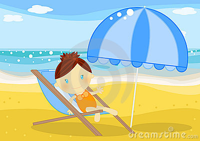 Bambina messa su un deckchair davanti al mare
