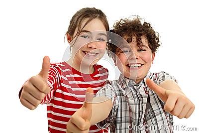 Bambini che mostrano BENE!