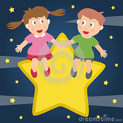 Bambini nell amore che si siede su una stella