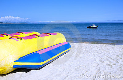 Banana  boat.beach