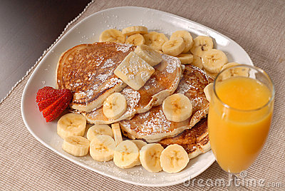 Banana pancakes with juice