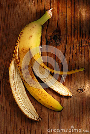 Free Banana Peel On The Table Royalty Free Stock Image - 35818946