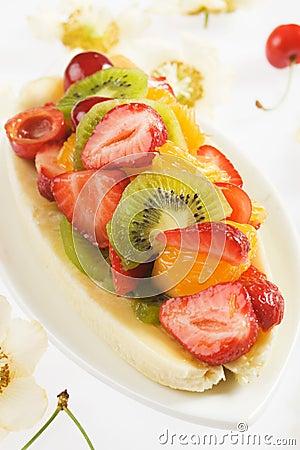 Free Banana Split With Fresh Fruit Stock Image - 20064361