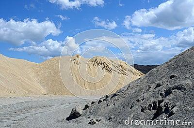 Band mound