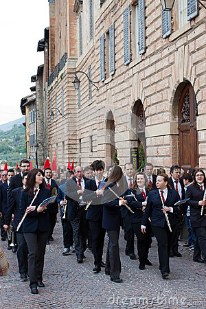 Band plays in the historical center of Gubbio Editorial Photography