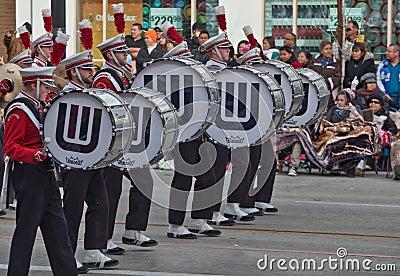 Banda en desfile del Rose Bowl Imagen editorial