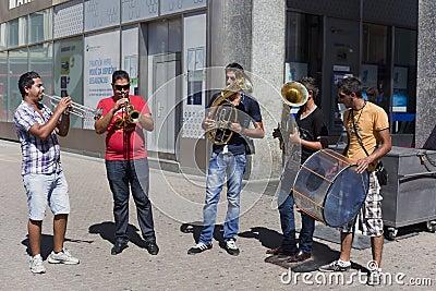 Banda gitana Foto editorial