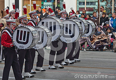 Banda nella parata di Rose Bowl Immagine Editoriale
