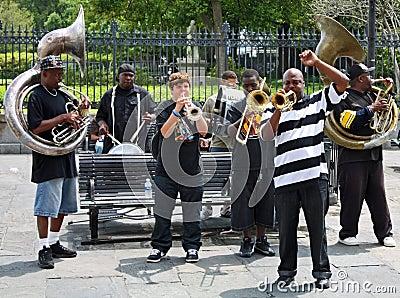 Bande de jazz de la Nouvelle-Orléans Image éditorial