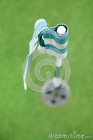 Bandeira e furo do golfe