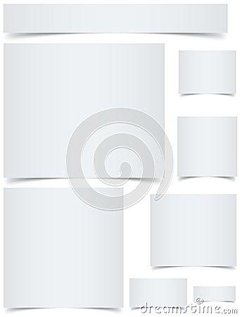 Banderas en blanco con los bordes encrespados