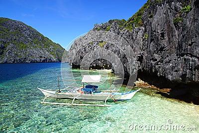 Bangka At Island Philippines Royalty Free Stock Image