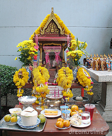 Bangkok, religious spirit house