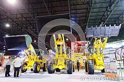 BANGKOK - September 21 :FOTON LOVOL FL936F-II  Front loader on d Editorial Stock Photo