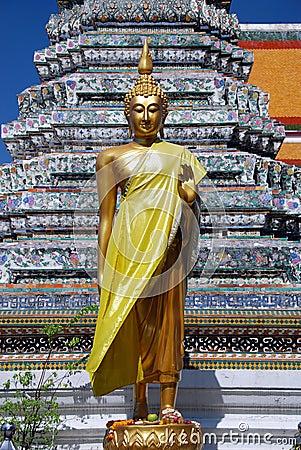 Bangkok, Thailand: Buddha at Temple of Dawn