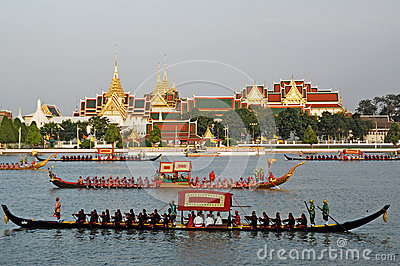 BANGKOK, THAILAND-MAY 5: Decorated barge parades at the Chao Phr Editorial Stock Image