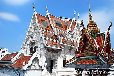 Bangkok, Thailand: Wat Hua Lamphong