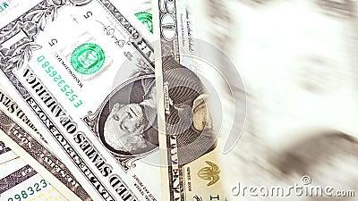 Bankbiljetten in benamingen van één tot tien dollarsclose-up van de V.S. stock video