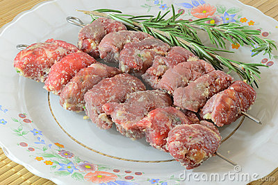Barbecue meat rolls