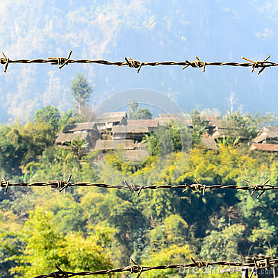 Free Barbed Wire And House Of Refugee Camps Royalty Free Stock Photo - 45655785