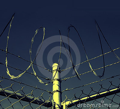 Free Barbed Wire Security Fence Royalty Free Stock Photos - 4137938