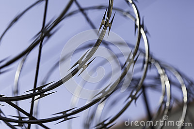 Barbwire spool