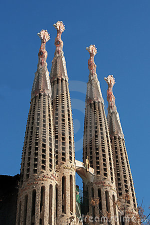 Barcelona: La Sagrada Familia cathedral by Gaudi