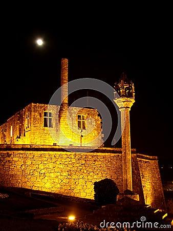 Barcelos Castle