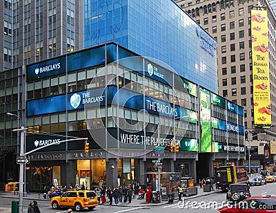 Barclays-Querneigung Redaktionelles Stockbild