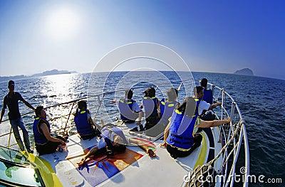 Barco de Ballena-observación Fotografía editorial