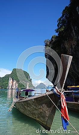 Barco de Longtail em Tailândia