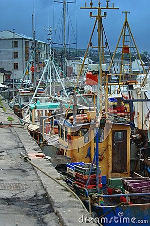 Barcos de pesca atracados