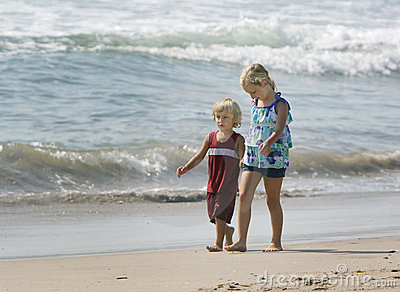 Barn hand att gå