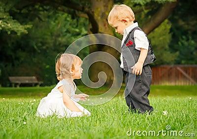 Barn i parken