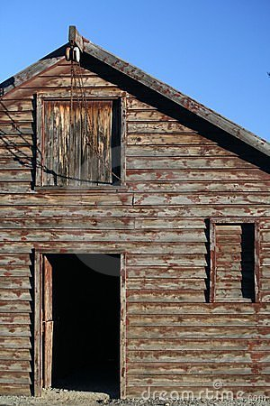 Free Barn, Loft And Pulley 2 Royalty Free Stock Photography - 9913547